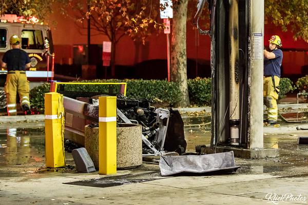Lake Forest Car & Gas Pump Fire - January 8th, 2017