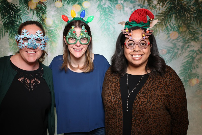 2019UniversityOfChicagoLawSchoolHolidayParty22.jpg