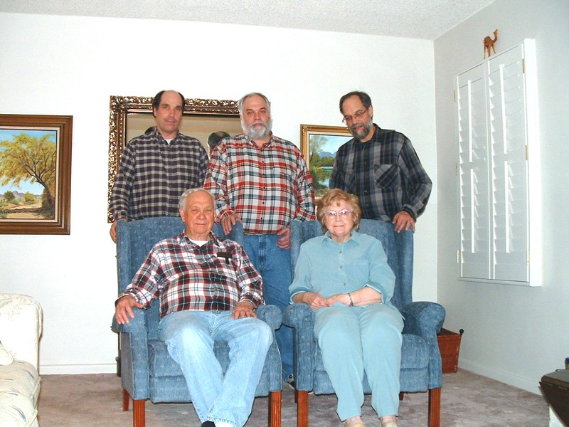 Dan,Mike,Dave,Wayne & Bonnie in our Living room, - Copy.jpg