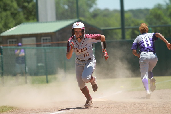 Lady Tiger softball