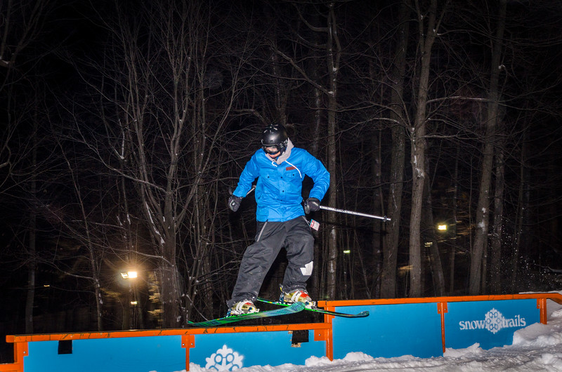 Nighttime-Rail-Jam_Snow-Trails-26.jpg