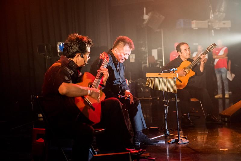 Gustavo Yonamine y Peru Show Criollo01.jpg
