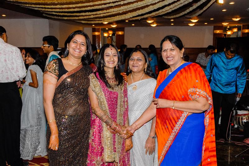 Wedding_Bombay_1206_369-2.jpg