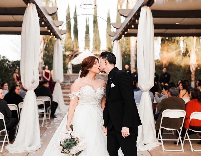 Alexandria Vail Photography Wedgewood Fresno Wedding Alexis   Dezmen401.jpg