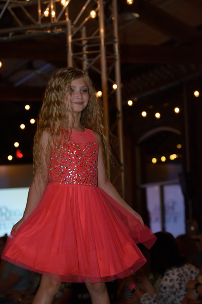 Knoxville Fashion Week Friday-1452.jpg