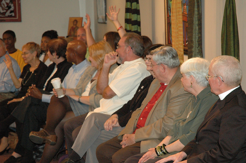 ELCA members at the September 19, 2010, ELCA Town Hall Forum raise their hands to ask Bishop Hanson a question.