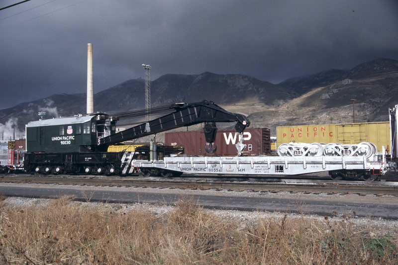 up_derrick_900310-with-boom-car_salt-lake-city_8-nov-1983_don-strack-photo.jpg