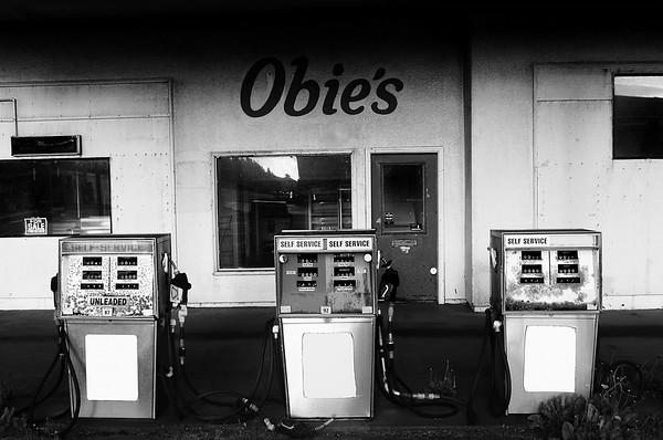Obie's gas station. Long Beach, Washington -2010