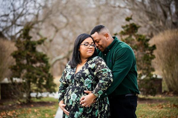 Ashley + Mike: Maternity