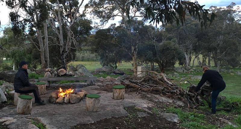 A cosy bonfire in Wandering