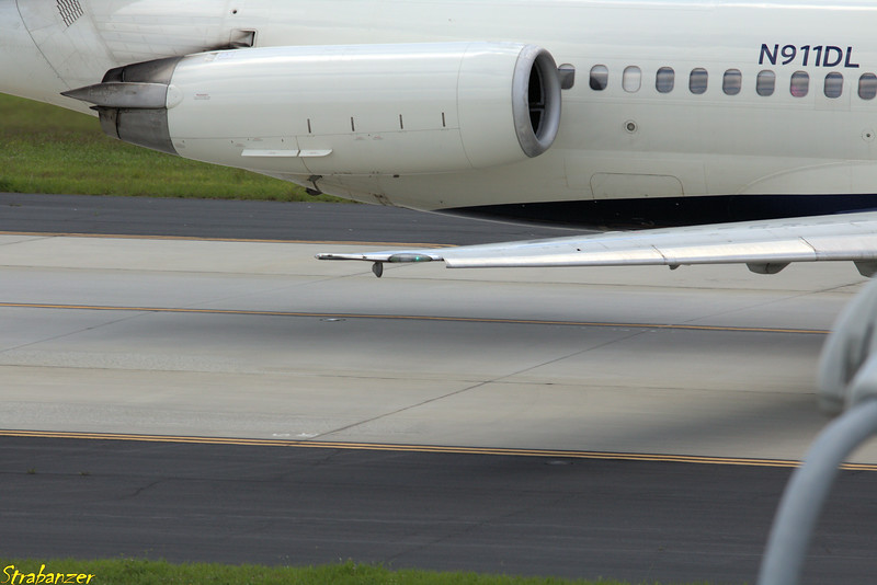 MD-88 s/n 49542 N911DL  Operating DL2141 to KORF (Norfolk) Hartsfield-Jackson Atlanta, GA,    05/26/2018 This work is licensed under a Creative Commons Attribution- NonCommercial 4.0 International License