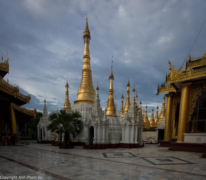 Yangon August 2012 362.jpg