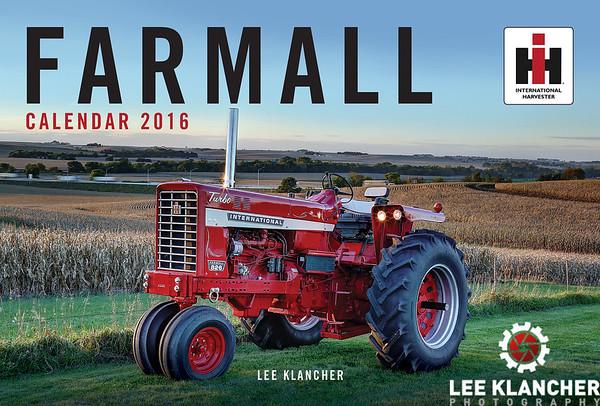 Farmall Tractors Calendar 2016