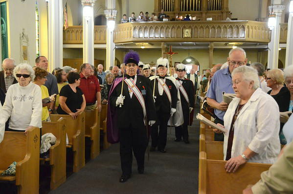 Bishop Mitchell Rozanski visits Berkshires-083114