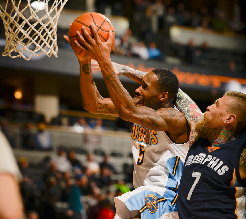 . DENVER, CO - FEBRUARY 29: Denver Nuggets forward Will Barton (5) gets fouled by Memphis Grizzlies forward Chris Andersen (7) as he drives t the basket February 29, 2016 at Pepsi Center. (Photo By John Leyba/The Denver Post)
