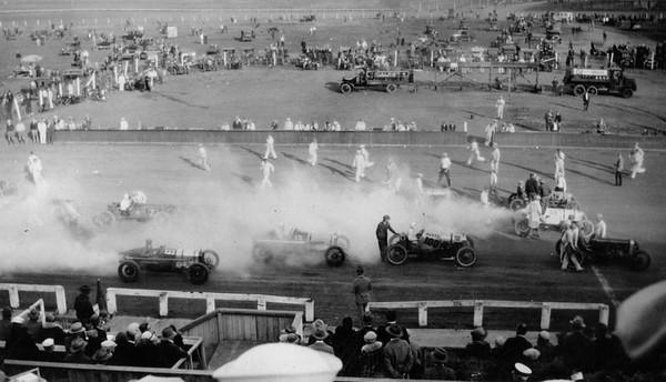 1927, Legion Ascot Speedway in Action
