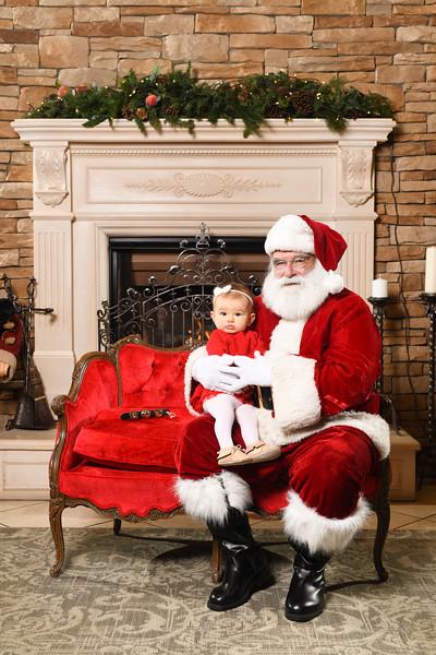 Santa2018.TylerBoye.-215.jpg