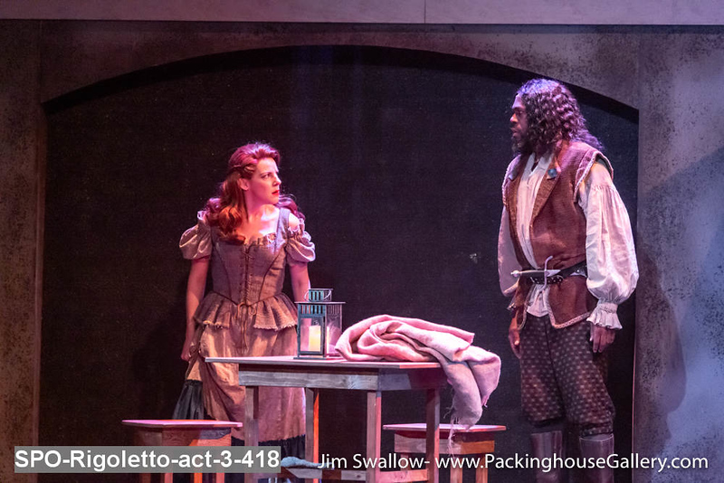 SPO-Rigoletto-act-3-418.jpg
