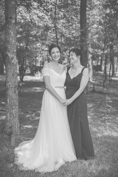 MP_18.06.09_Amanda + Morrison Wedding Photos-01227-BW.jpg