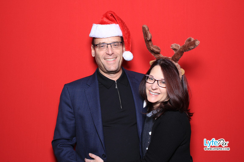 eastern-2018-holiday-party-sterling-virginia-photo-booth-0072.jpg