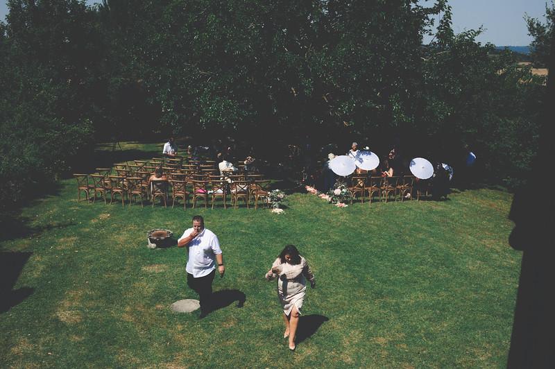 Awardweddings.fr_Amanda & Jack's French Wedding_0107.jpg