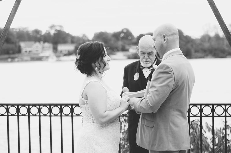 chateau-on-the-river-trenton-michigan-wedding-0302.jpg