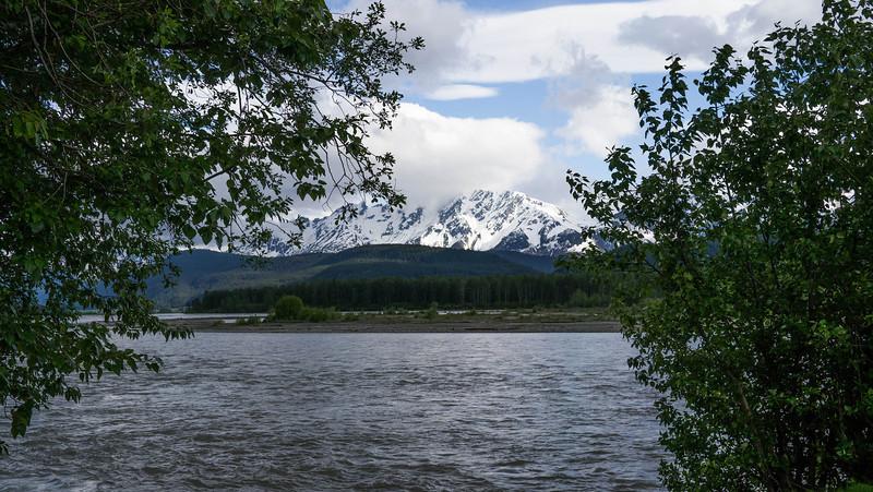 Rafting Adventure down Chilkat River / Eagle Preserve