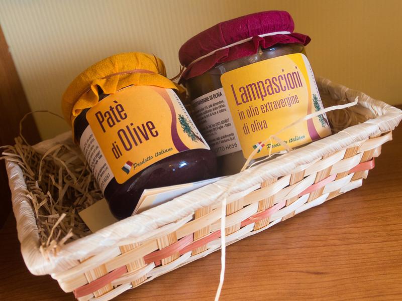 calemone olives and lampascioni.jpg