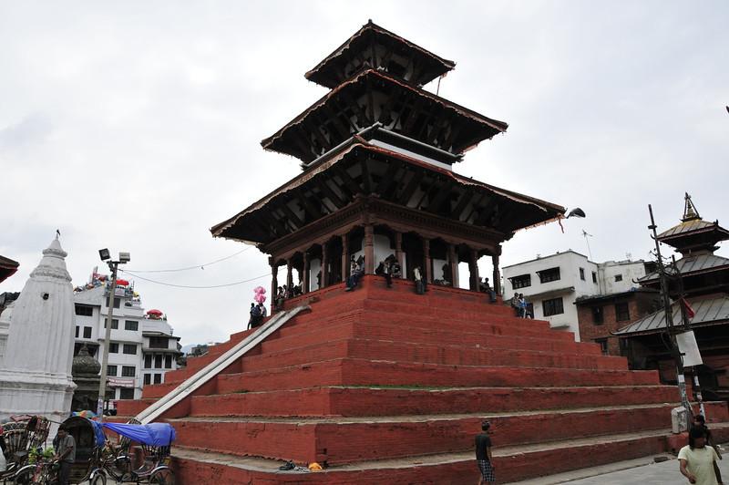 080523 3157 Nepal - Kathmandu - Temples and Local People _E _I ~R ~L.JPG