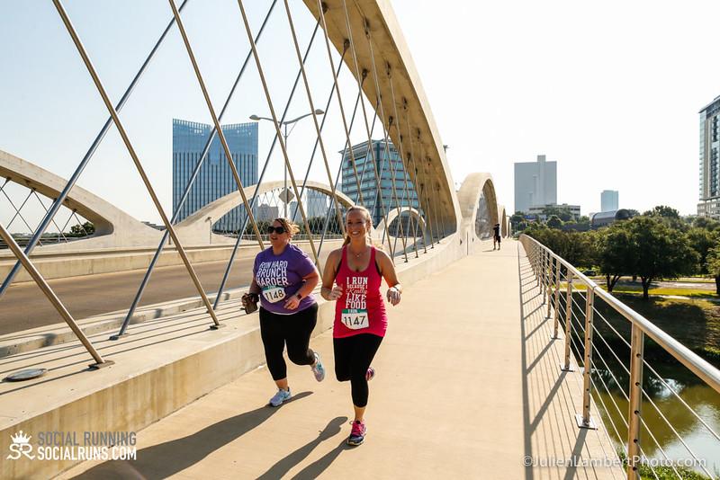 Fort Worth-Social Running_917-0644.jpg