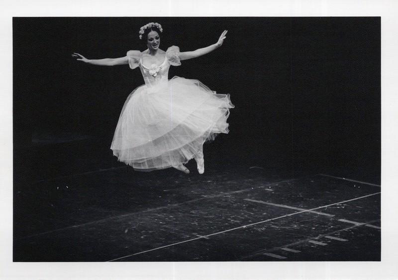 Dance_1070_a.jpg