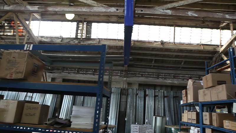 NortonElectric_BuildingTour_NelsoFlores_2010-09-17_m07.MOV