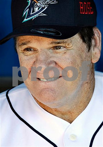 pete-rose-hired-at-fox-as-special-guest-studio-analyst