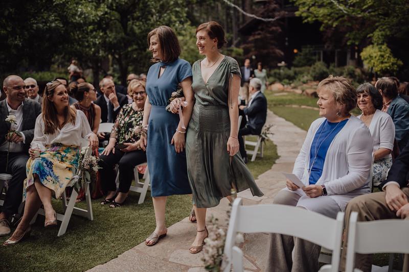 2018-05-12_ROEDER_JulieSeth_Wedding_ROEDER1_0099.jpg