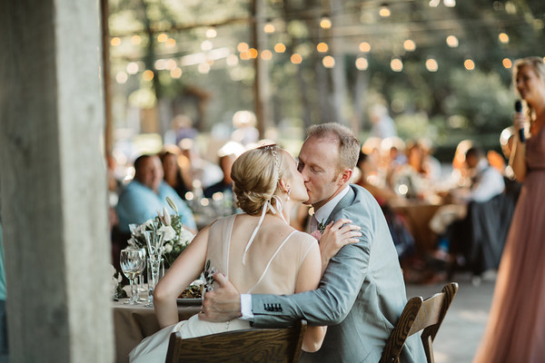 Blake + Sam: Scholls Valley Lodge