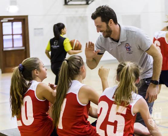 TASIS Middle School Basketball Teams Take on ASM