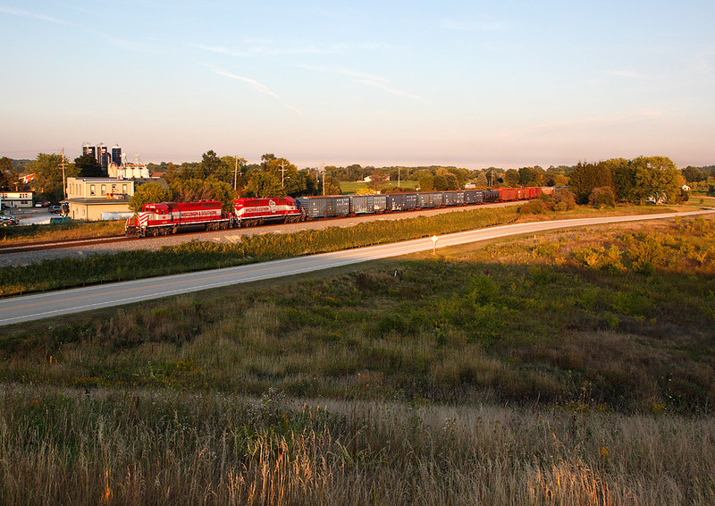 Wisconsin & Southern 4005 (EMD SD40-2) - Ackerville, WI
