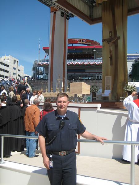 Pope Mass Nats Stadium 4-17-08 085.jpg