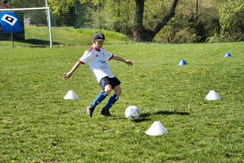 hsv-fussballschule---wochendendcamp-hannm-am-22-und-23042019-y-30_40764459373_o.jpg