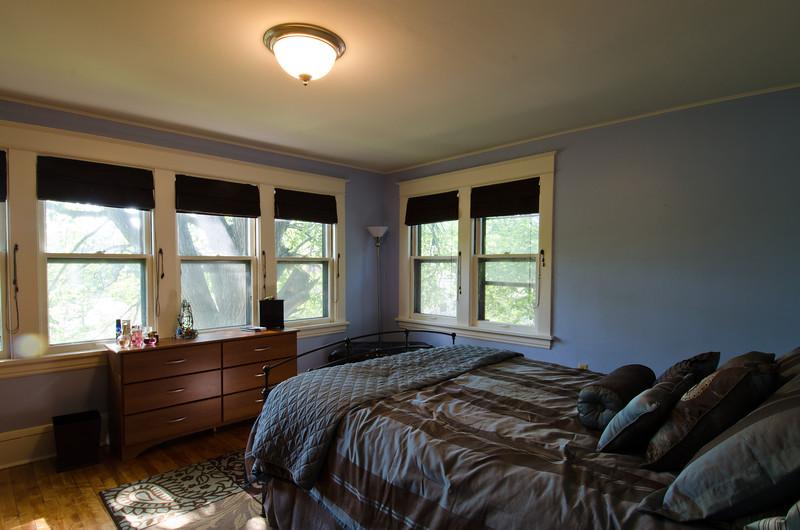 23 Master Bedroom 2.jpg