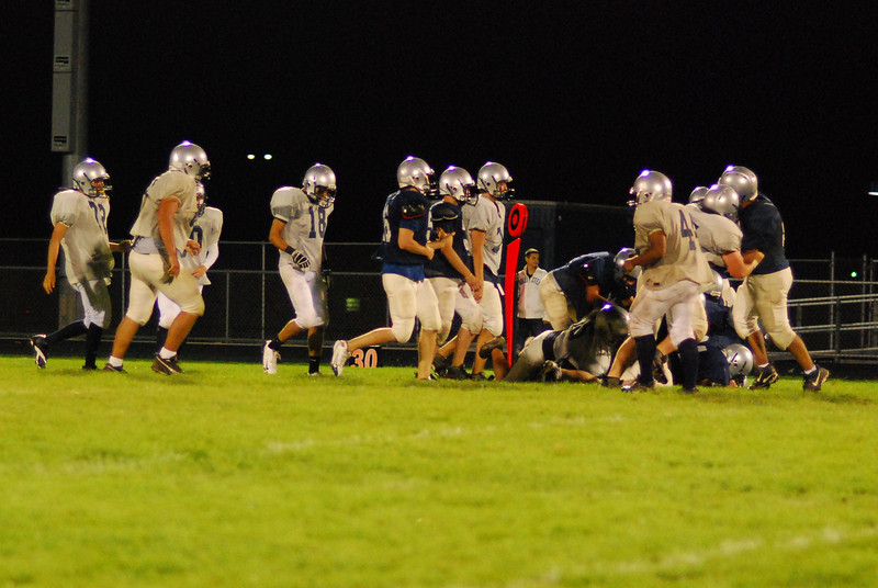 blue and silver scrimmage 093.JPG