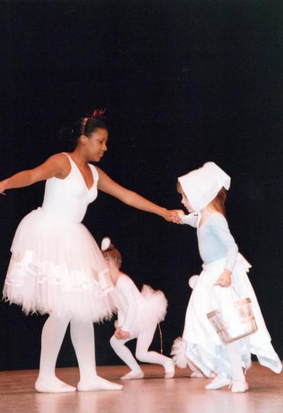 Dance_0332_a.jpg