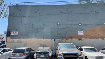 DTLA 712-710 S Spring St NOT CLEARED YET