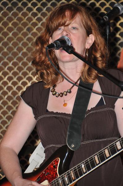 Schooner & Regina Hexaphone, Brooklyn Aug 9 2008