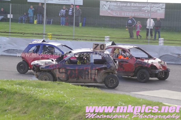 Micro Bangers, Northampton 3 May 2015