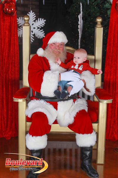Santa 12-10-16-228.jpg