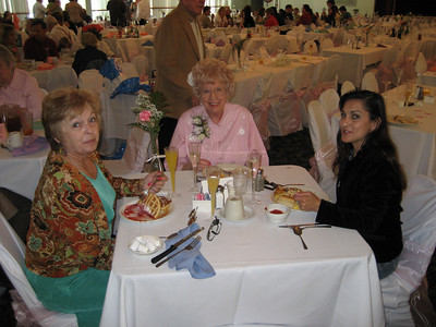 2007- May (Mother's Day Brunch)
