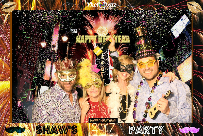 Shaws NYDay Party (88).jpg