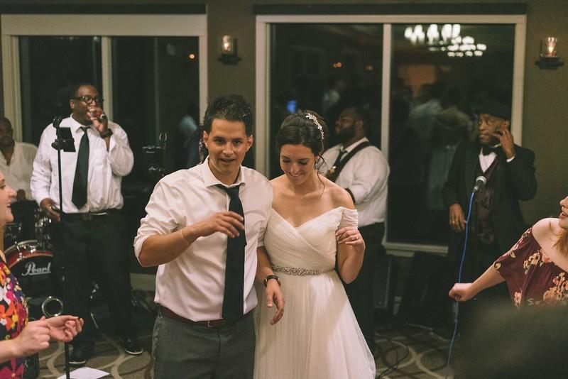 MP_18.06.09_Amanda + Morrison Wedding Photos-03380.jpg