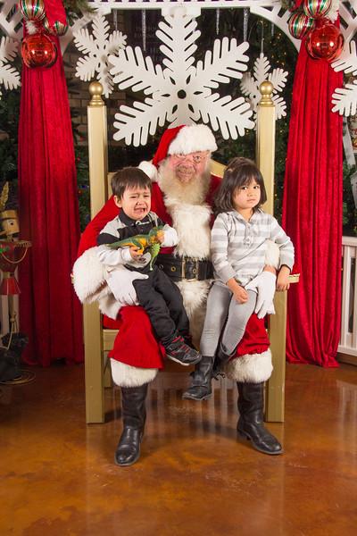 Santa 12-16-17-90.jpg